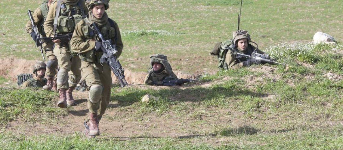 15461114 - israel - february 02, 2012; israeli paratroopers brigade during training israel defense forces